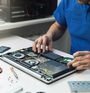 パソコンの分解修理にてHDD修復